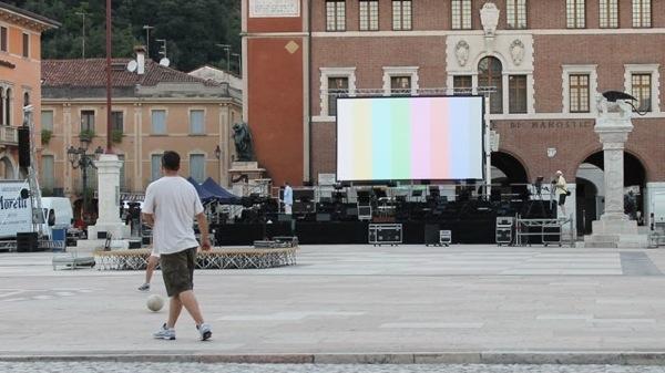 allestimento_palco_marostica_2013